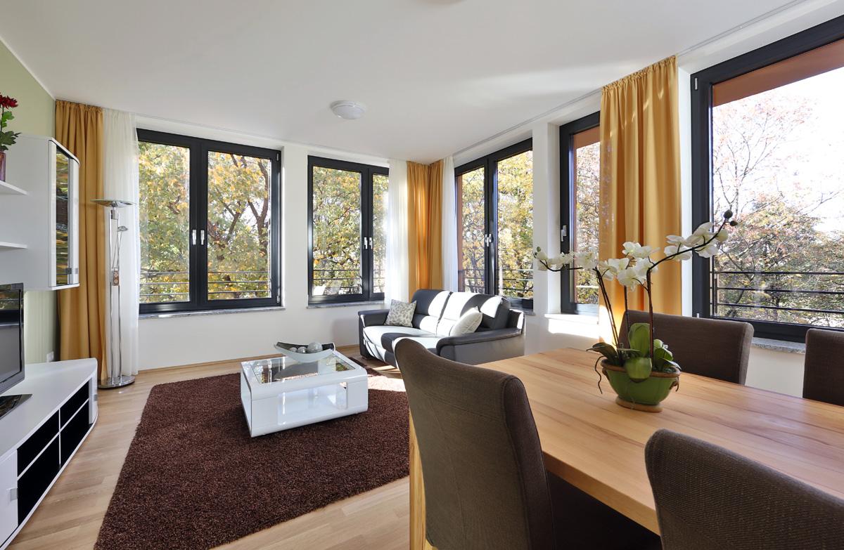 business suiten m nchen exklusiv wohnen auf zeit in m nchen schwabing business suiten cfs. Black Bedroom Furniture Sets. Home Design Ideas